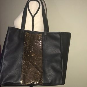 Black and gold mermaid scales large tote w/extras